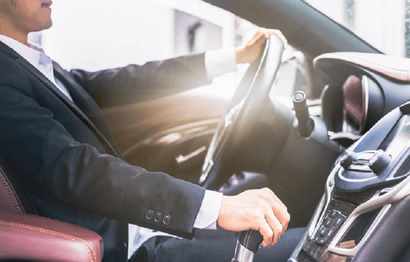 Différence en un chauffeur de taxi et un chauffeur VTC