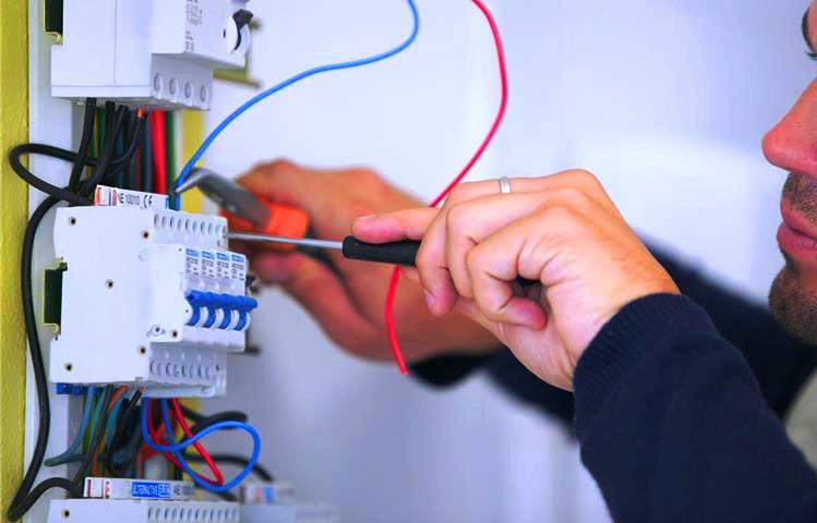 Diagnostic électrique et travaux de remise aux normes